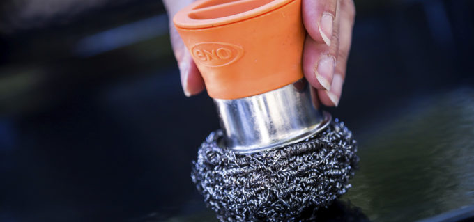 Accessoire plancha Eno boules et support de nettoyage